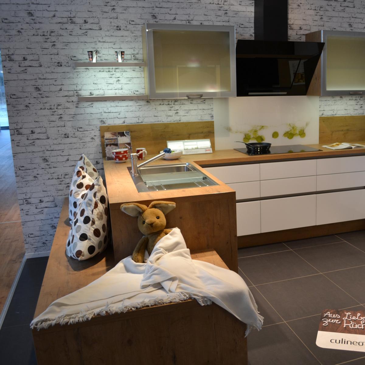 Kuche meterpreis vertrag for Gunstiger kuchenblock